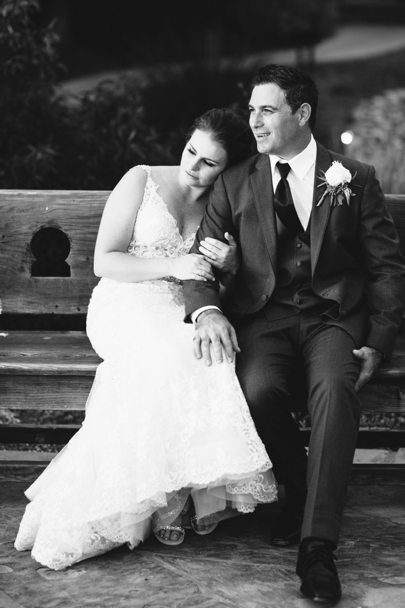 casa romantica san clemente wedding photographer artistic bride and groom