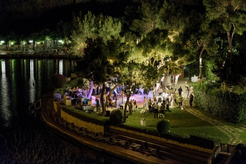 Lake_vouliagmeni_greece_weddings_nicole_caldwell_106