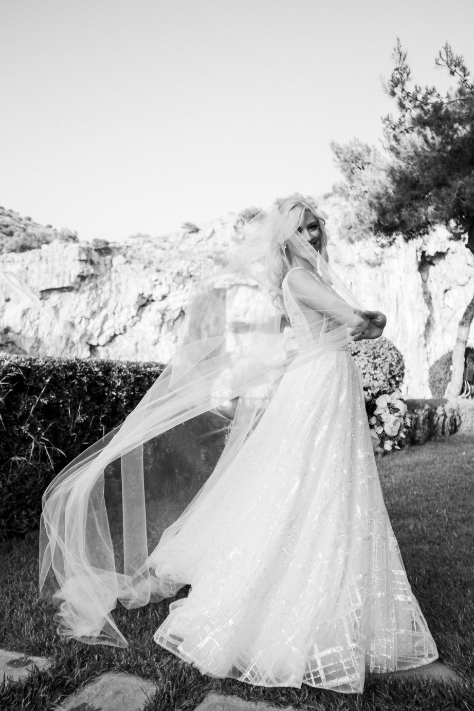 Lake_vouliagmeni_greece_weddings_nicole_caldwell_57