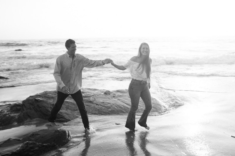 engagement photos in laguna beach nicole caldwell photographer05