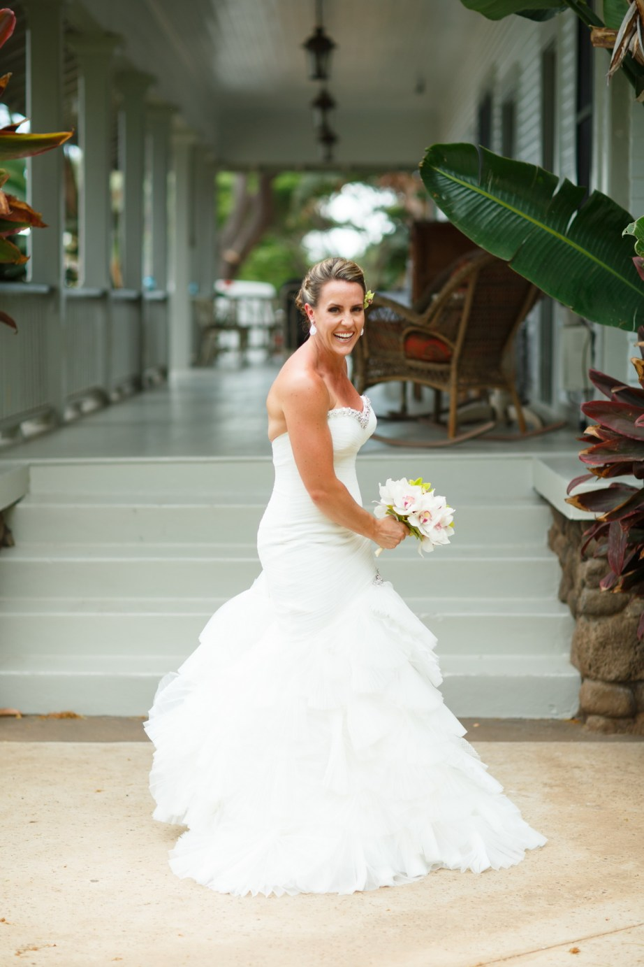 maui destination wedding venue plantation house by nicole caldwell076