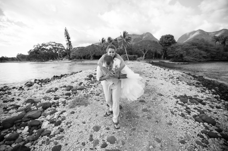 maui destination wedding venue plantation house by nicole caldwell104