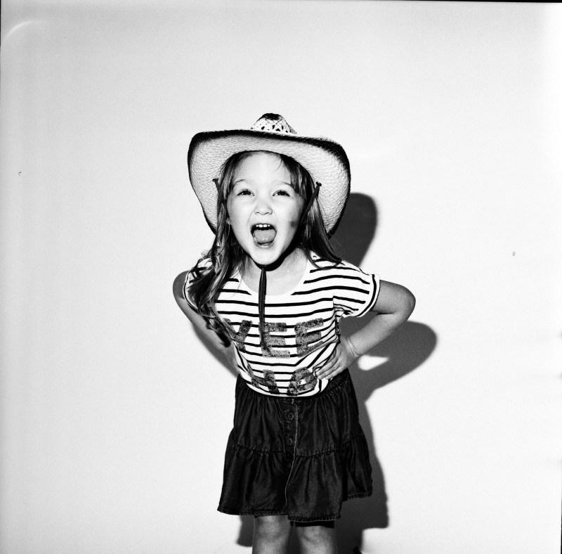 kids_photographer_film_nicole_caldwell_orange_county_09.jpg