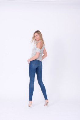 e_commerce_studio_nicole_caldwell_photographer_orange_county_midheaven_denim0010