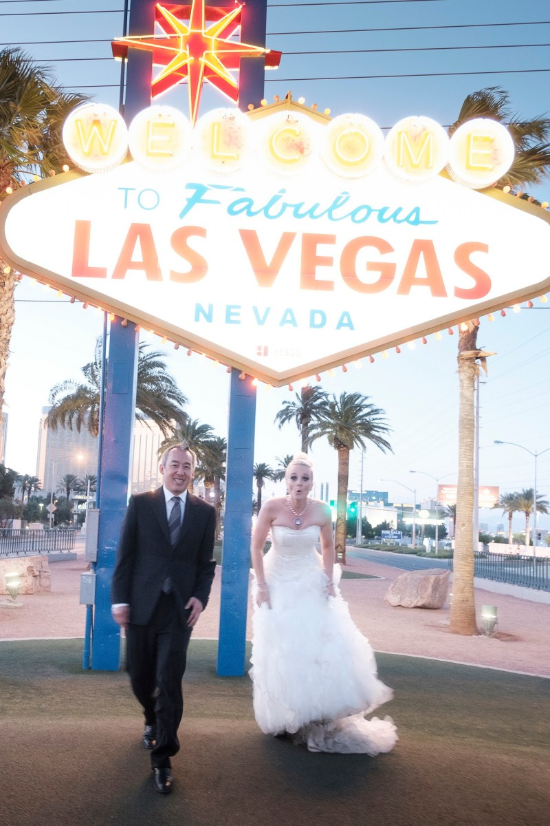 Las_vegas_wedding_trash_the_dress_10_year_anniversary_nicole_caldwell_photographer50