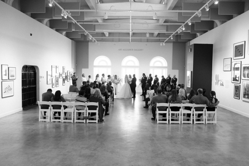 weddings riverside art museum photography by nicole caldwell 23