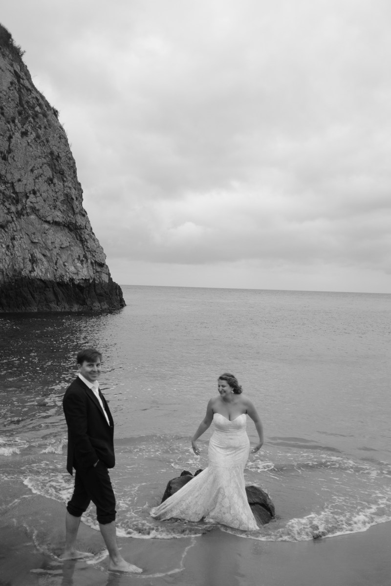 laguna beach wedding photographer nicole caldwell trssh the dress _09