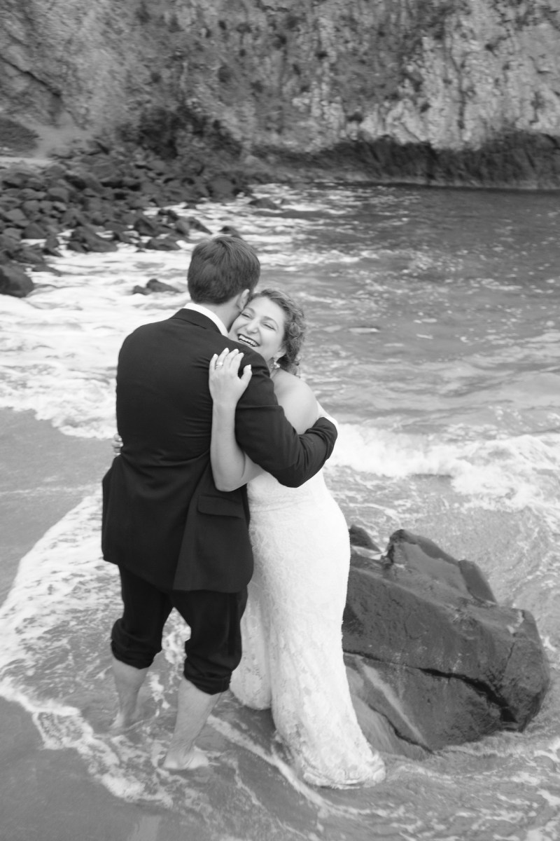 laguna beach wedding photographer nicole caldwell trssh the dress _11