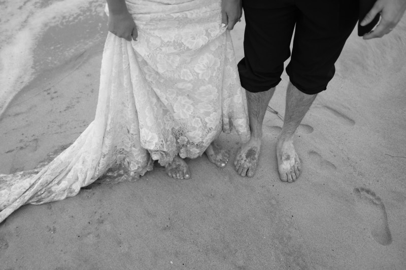 laguna beach wedding photographer nicole caldwell trssh the dress _17