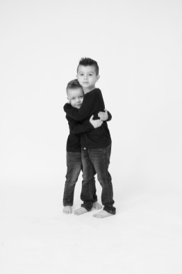 modern black and white family photography orange county nicole caldwell 11