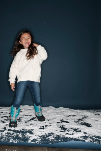 family-photography-orange-county-in-the-snow-holiday-nicole-caldwell-07