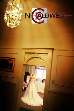 wedding_castle_green_photo_by_nicole_caldwell_15.jpg