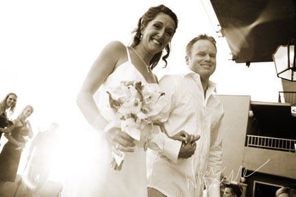 nicole_caldwell_photography_surf_and_sand_wedding_o8.jpg