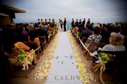0017_nicole_caldwell_photography_surf_and_sand_wedding_laguna_beach