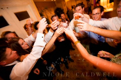 0037_nicole_caldwell_photography_surf_and_sand_wedding_laguna_beach