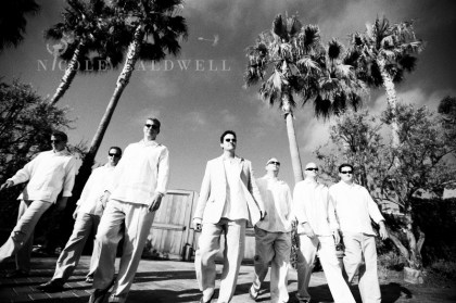 0077_nicole_caldwell_photo_surf_and_sand_wedding_photo