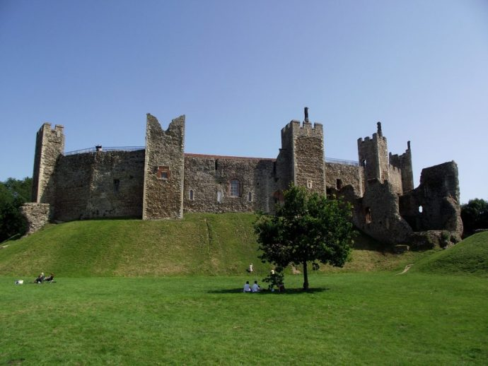 most charming UK towns - framlingham