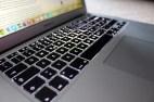 finds ja so cool, dass die tastatur hinterleuchtet ist, so kann man auch am abend noch schreiben ;)