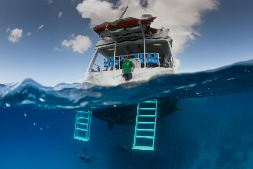Cayman Aggressor IV diving boat