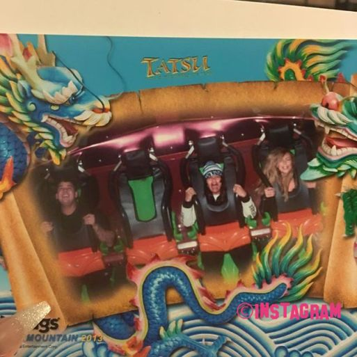 has-rob-kardashian-photoshopped-tyga-out-of-this-rollercoaster-ride-photo