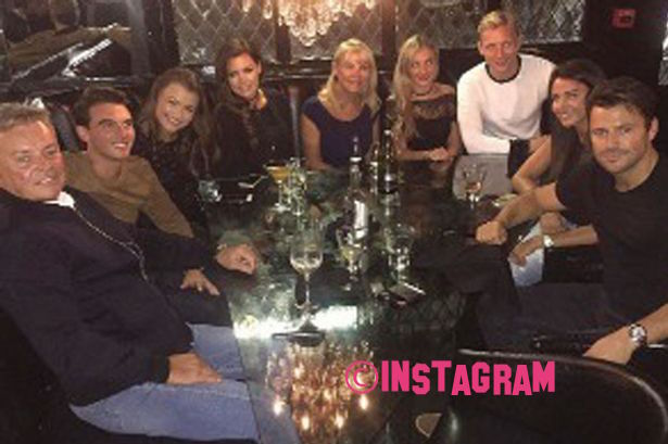 Michelle Keegan And Mark Wright Enjoy Family Meal! See The Cute Snap HERE!