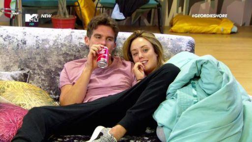 gaz-beadle-and-charlotte-crosby-reunite-at-hotel-after-mtv-producers-make-cock-up