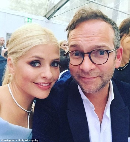 holly-willoughby-to-have-second-honeymoon-for-10-year-wedding-anniversary-with-husband-dan-baldwin