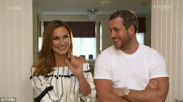 sam-faiers-admits-she-and-paul-knightley-do-have-sex-as-the-mummy-diaries-continues