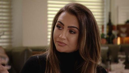 towie-fans-slamm-lauren-goodger-as-they-ask-what-has-she-done-to-her-face