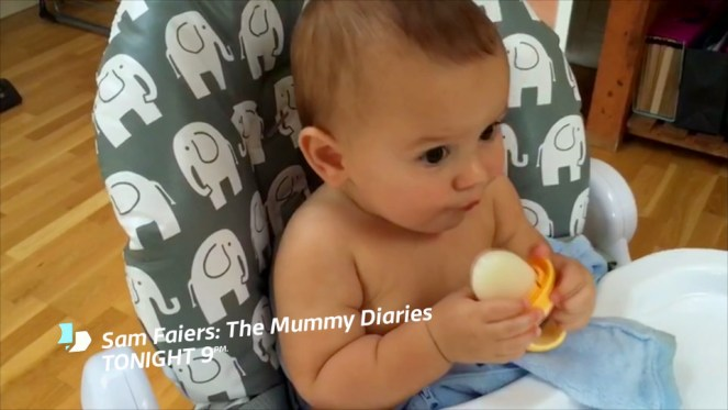 sam-faiers-makes-breast-milk-lollies-for-baby-paul