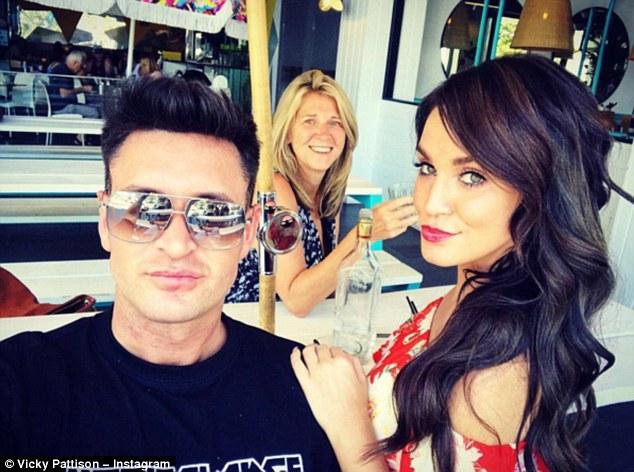 Vicky Pattison Cuddles Up To Her New Boyfriend As They Enjoy Australia