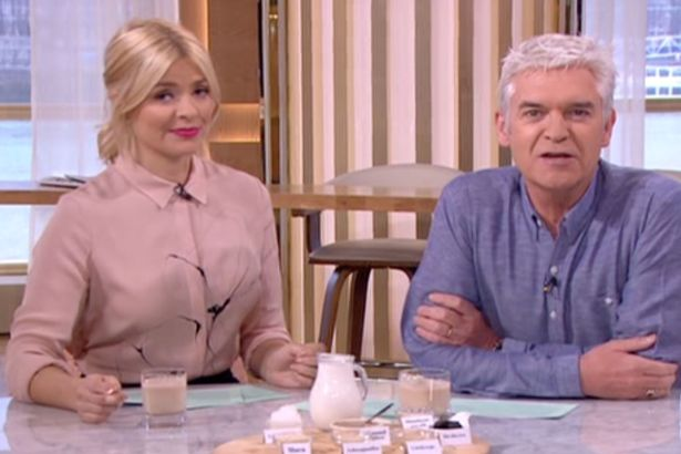 Holly Willoughby Admits That She Hates Talking About Her Diet As She Fears It Would Encourage 'Eating Disorders'
