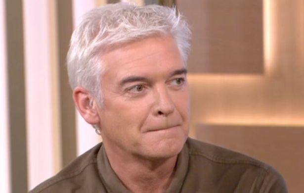 "Phillip Schofield Struggles To Hold Back Laughter At Women Who Think's She's ""Too Beautiful"" For Love"