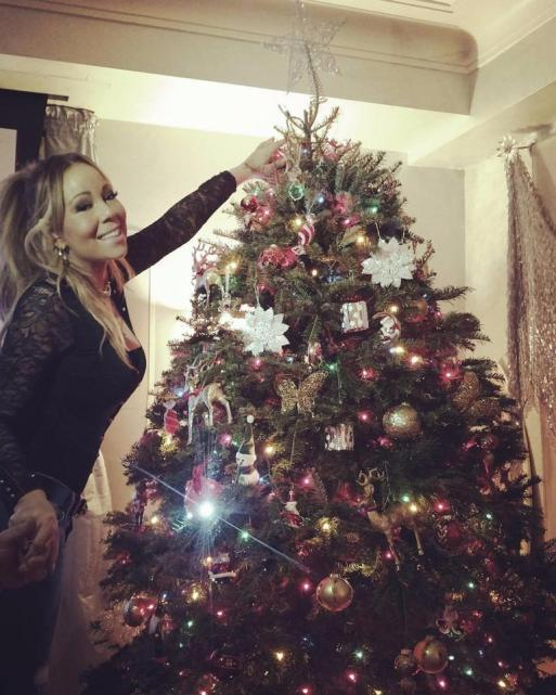 Mariah Carey Shows Of Her Christmas Tree In New Instagram Posts