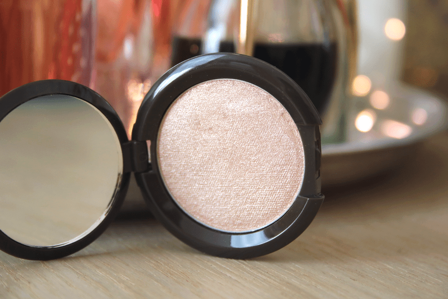 Becca Opal Highlighter Closeup