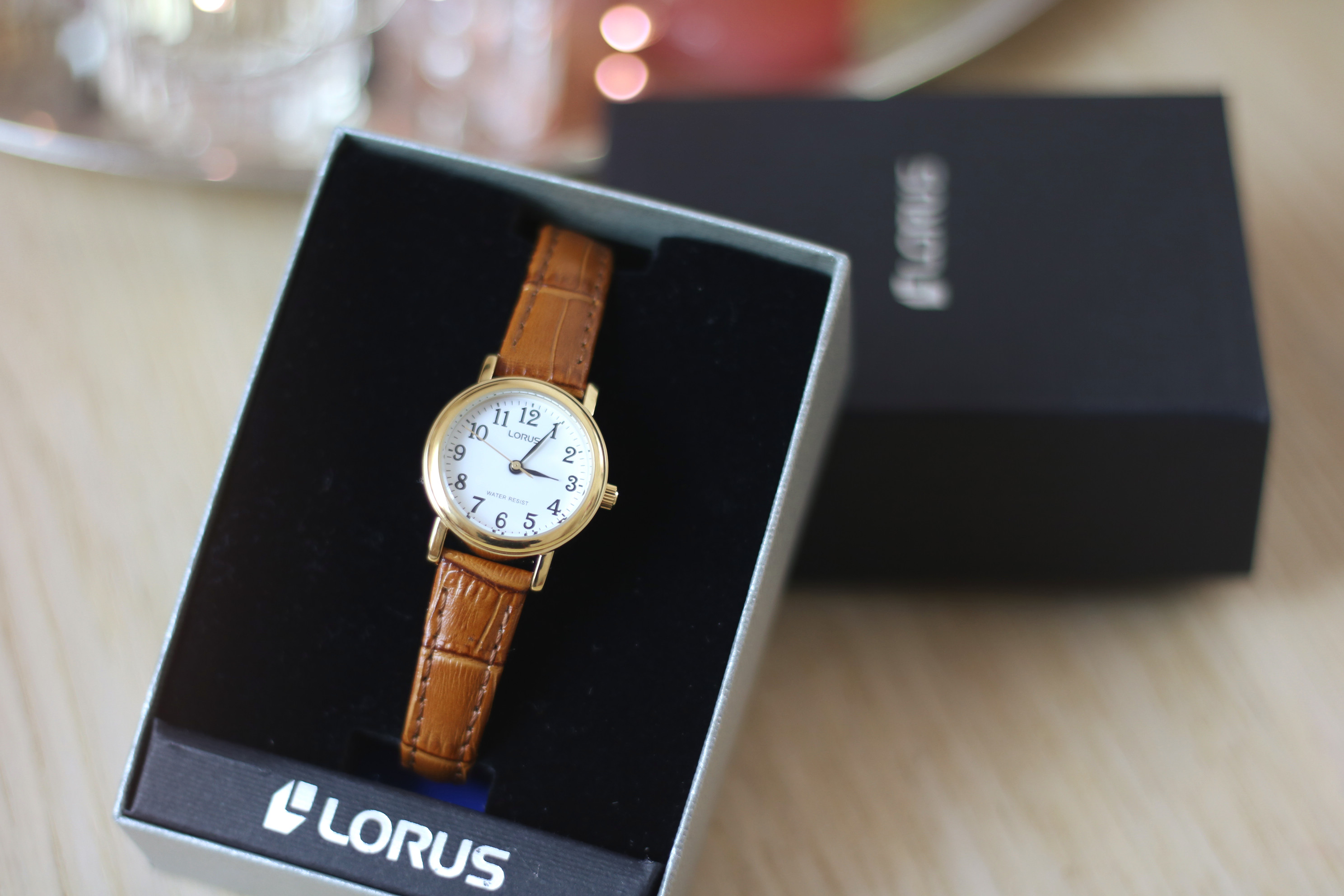 lorus-watch-in-box
