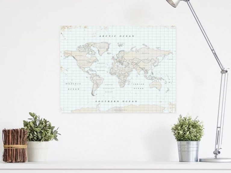 Home Decoration Inspiration: Huge World Maps!