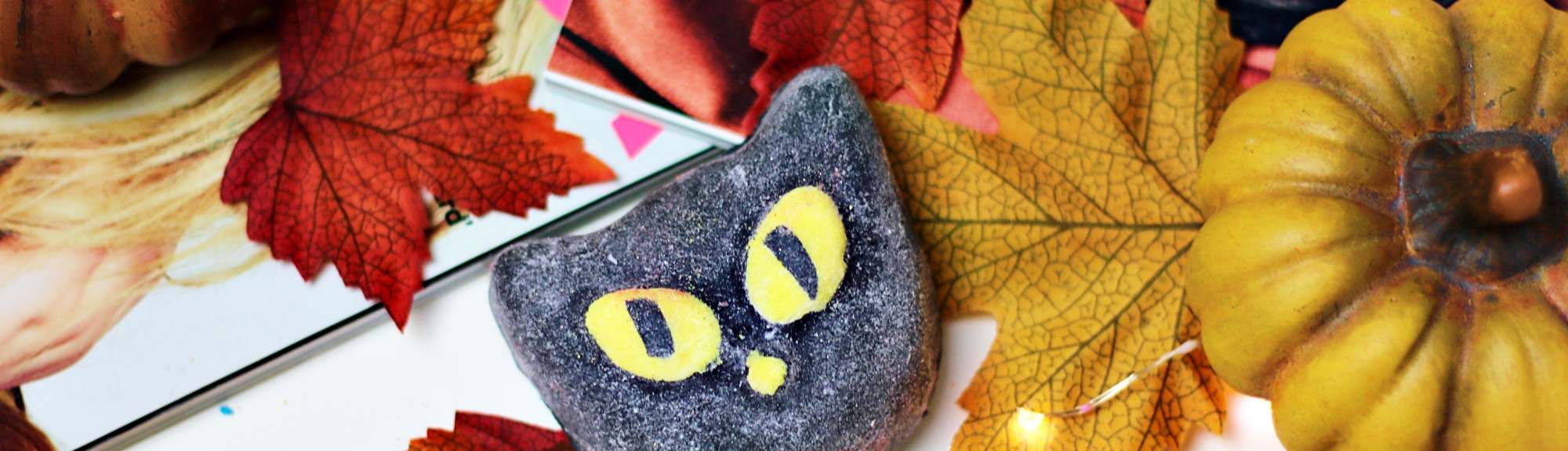 Lush Halloween 2019 Bewitched Bubble Bar