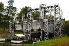 Schiffshebewerk des Canal du Centre