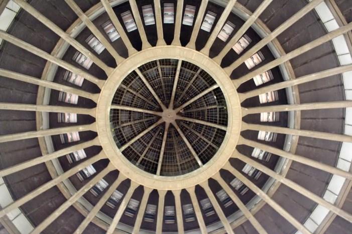 sehenswuerdigkeiten-breslau-niederschlesien-reisetipps-polen-jahrhunderthalle-kuppel-innen