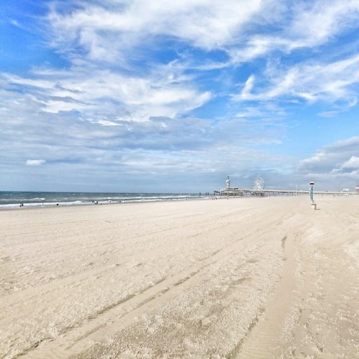 sehenswuerdigkeiten-den-haag-suedholland-reisetipps-niederlande-seebad-scheveningen-strand-pier