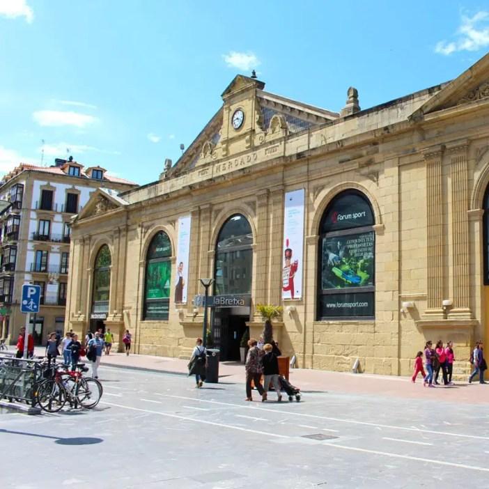 sehenswuerdigkeiten-san-sebastian-baskenland-reisetipps-spanien-altstadt-mercado-la-bretxa