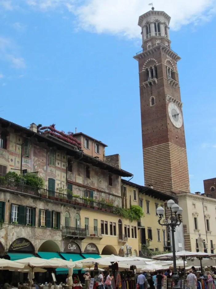 reisetipps-venetien-reisetipps-italien-rundreise-venetien-sehenswuerdigkeiten-verona-torre-dei-lamberti