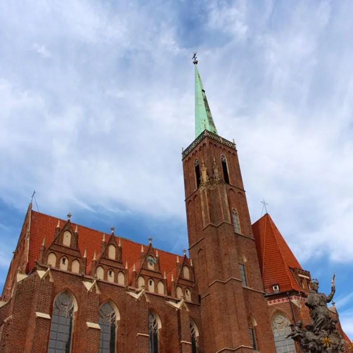 sehenswuerdigkeiten-breslau-niederschlesien-reisetipps-polen-dominsel-Kirche-des-Heiligen-Kreuzes