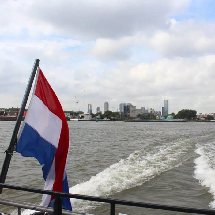 sehenswuerdigkeiten-den-haag-Kinderdijk-suedholland-reisetipps-niederlande-fahrt-nach-Kinderdijk