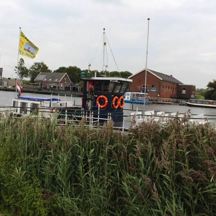 sehenswuerdigkeiten-den-haag-Kinderdijk-suedholland-reisetipps-niederlande-rundfahrt-kanalhopper