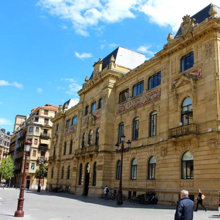 sehenswuerdigkeiten-san-sebastian-reisetipps-baskenland-reisetipps-spanien-alte-post