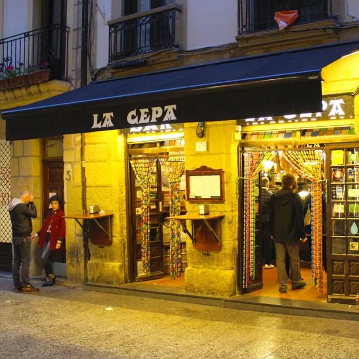 sehenswuerdigkeiten-san-sebastian-reisetipps-baskenland-reisetipps-spanien-bar-hopping