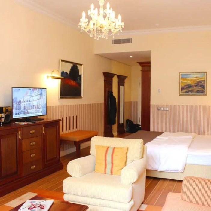 atlantic-Grand-Hotel-Travemuende-hoteltipp-deutschland-zimmer-tuer