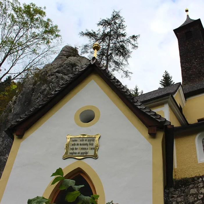 sehenswuerdigkeiten-kaiserwinkl-reisetipps-tirol-reisetipps-oesterreich-wallfahrtskirche-klobenstein-kapelle